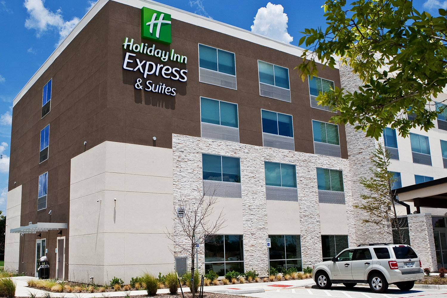 Holiday Inn Express - McKinney